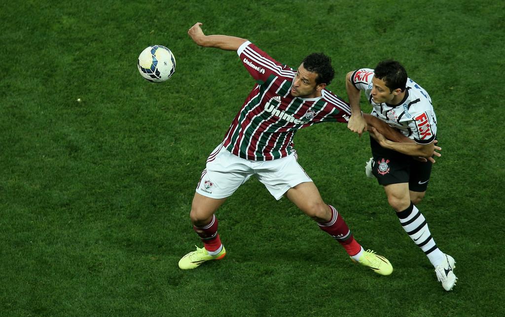 Corinthians-vs-Fluminense-Loi-the-cho-chu-nha-07h30-ngay-23-8-Tu-ket-Cup-C2-Nam-My-Copa-Sudamericana-2