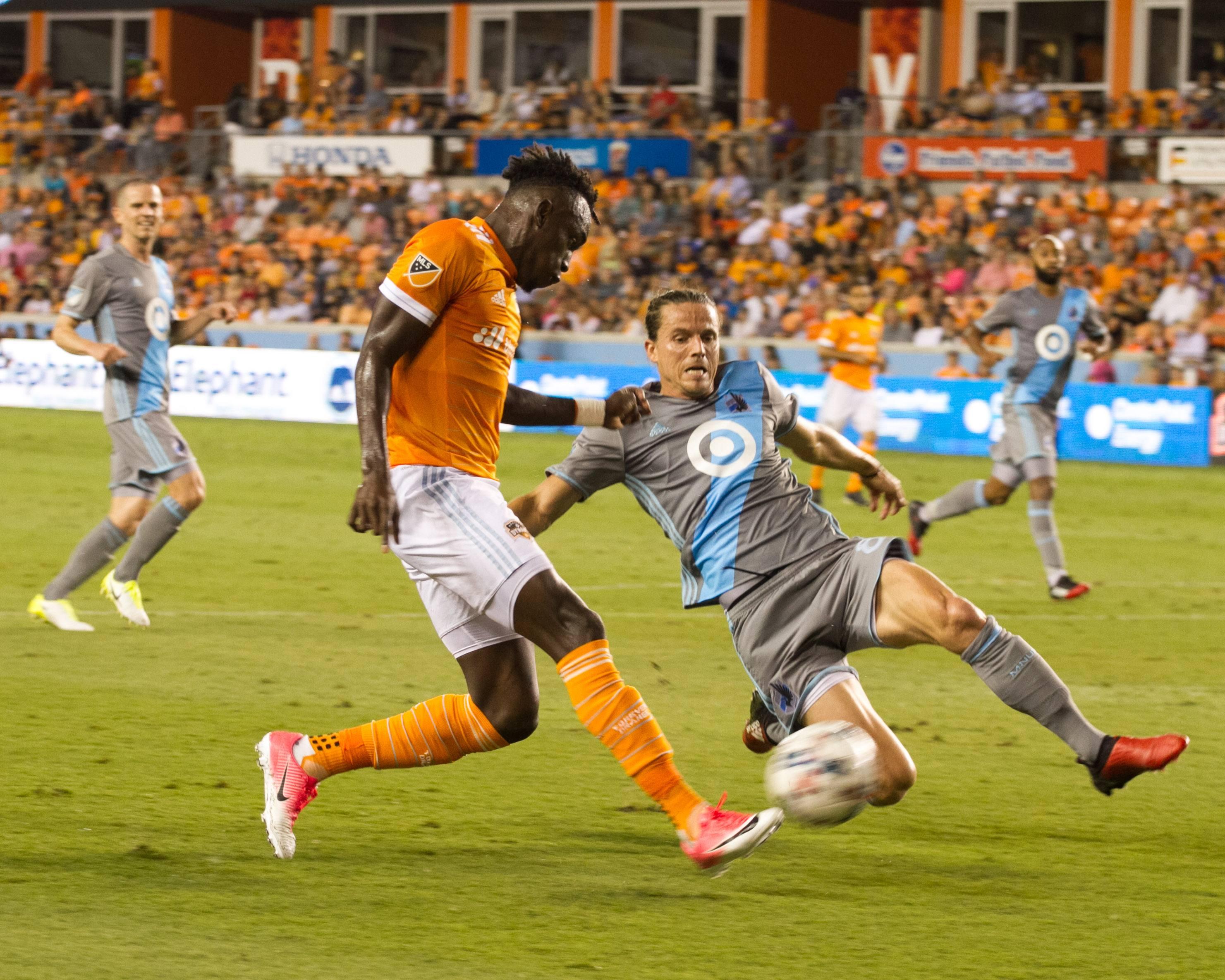 Houston-Dynamo-vs-Minnesota-Unite-Khach-lan-chu-07h30-ngay-12-9-Giai-nha-nghe-My-MLS-2