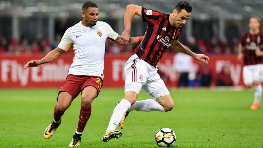 AS-Roma-vs-AC-Milan-Khach-trong-coi-hon-mang-00h00-ngay-28-10-VDQG-Italia-Serie-A-2