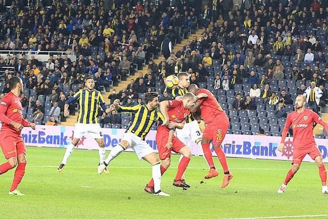 Fenerbahce-vs-Kayserispor-Vi-khach-cung-dau-00h00-ngay-21-03-VDQG-Tho-Nhi-Ky-Super-Lig-4